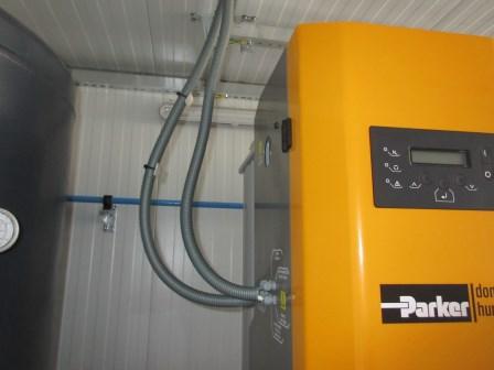 004-parker-generator-3-3